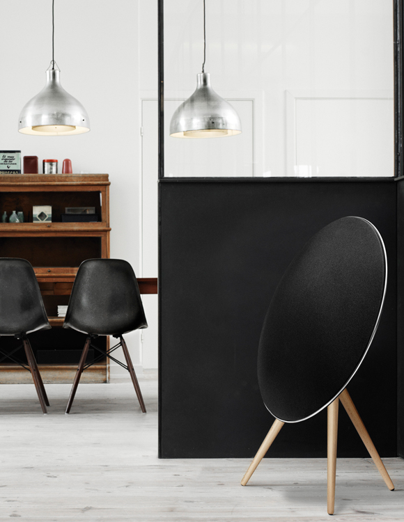 BeoPlay A9 Side