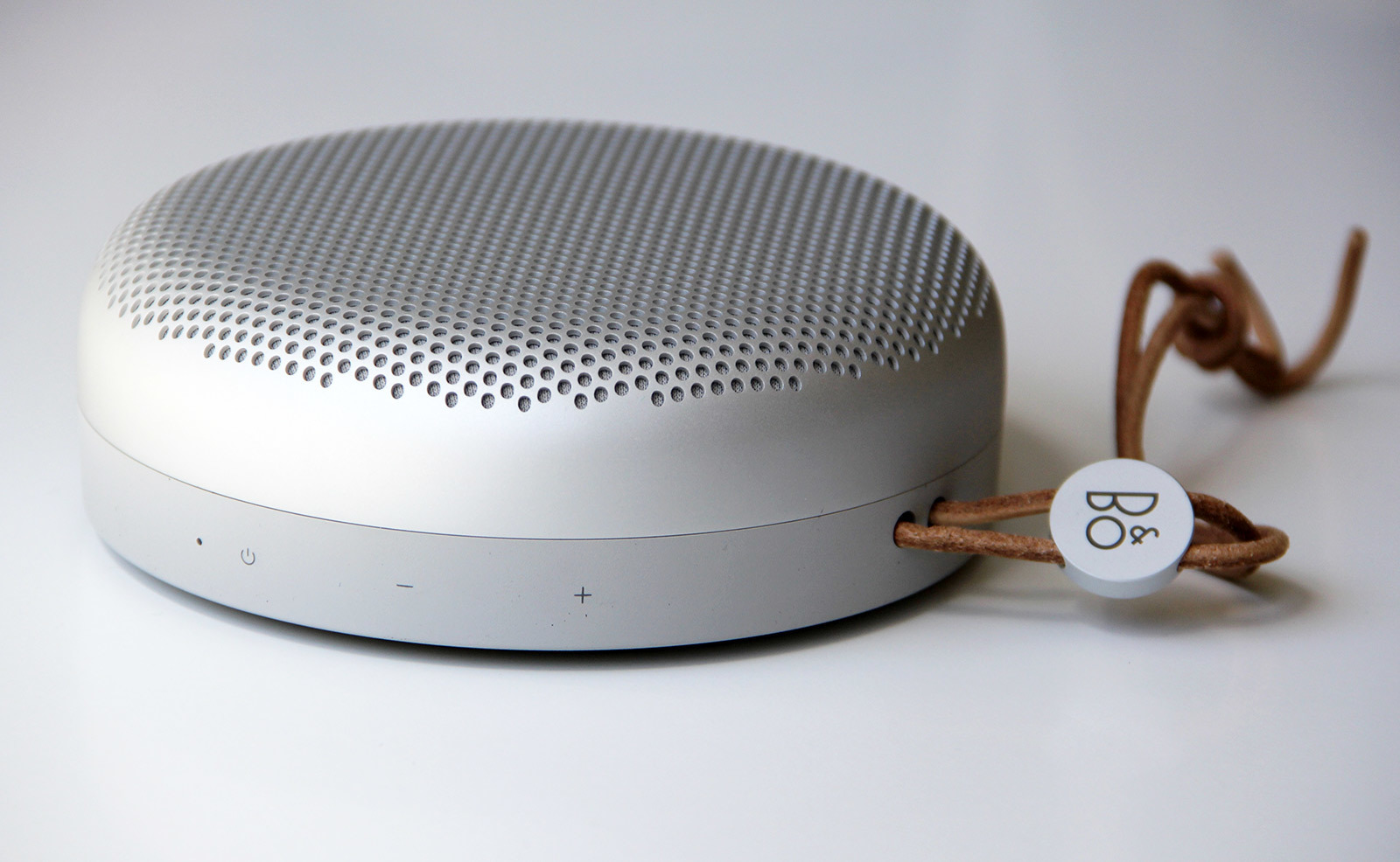 BeoPlay A1 detail